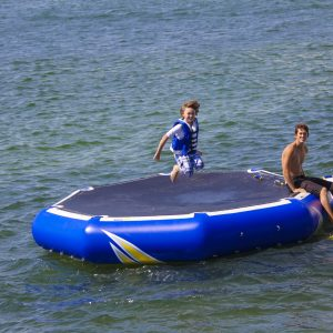 Inversible - water lounger - water soaker - bouncer - water toys canada