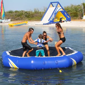 Inversible - water bouncer - trampoline - water fun - water toys canada