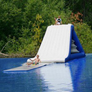 Water recreation - splashmat - swim raft - water toys canada