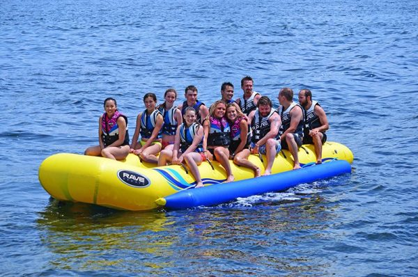 12 person towable inflatable - waterboggan 12 - water toys canada